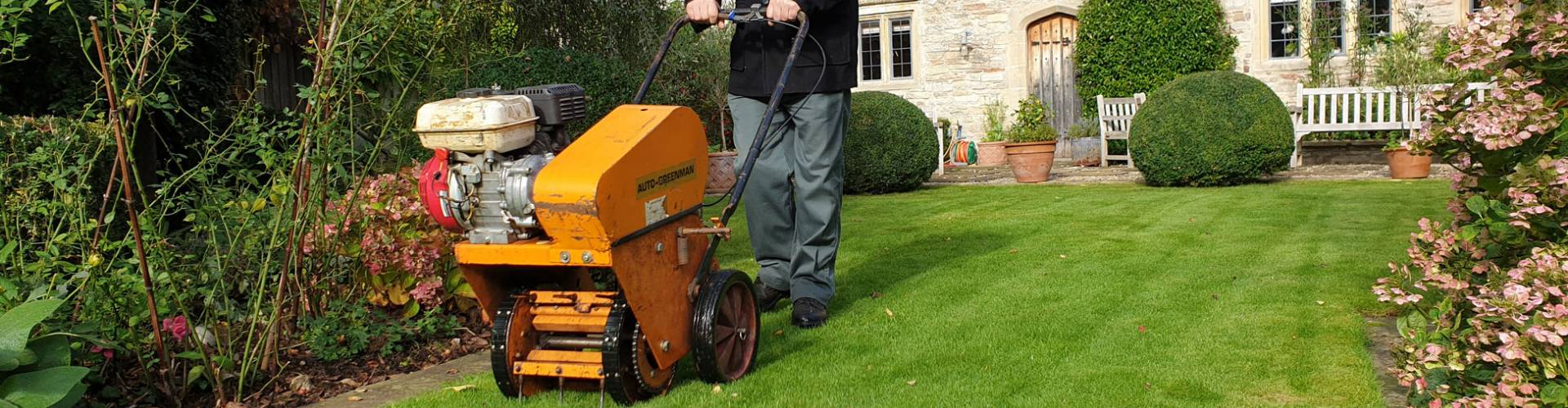 Lawn Care Services in: Wells, Street, Glastonbury, Cheddar.